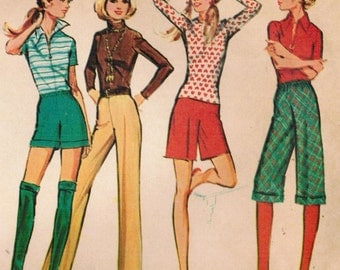 1970s McCall's 2992 UNCUT Vintage Sewing Pattern Misses' Proportioned Shorts, Clam Diggers, and Pants Size Waist 31