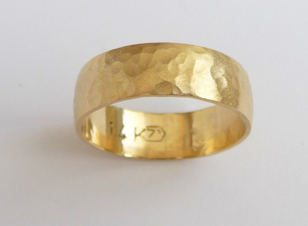 zoom - Mens Gold Wedding Rings