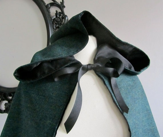 Hooded Capelet in Teal Wool
