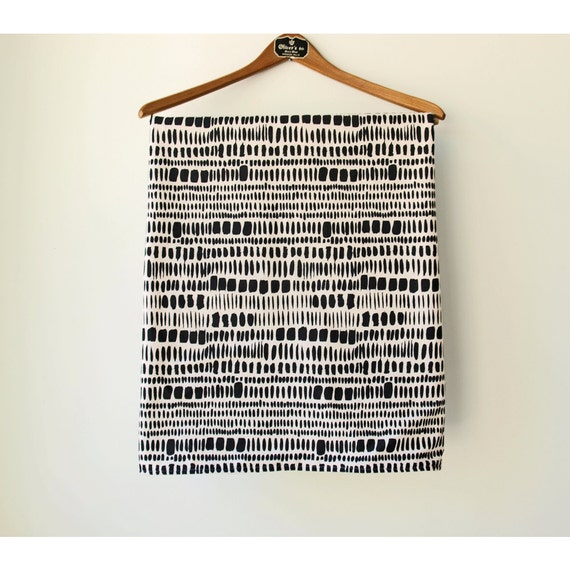 Baby Blanket Bedding - Warm Winter Blanket - Black and White print - 30 x 36 - Ready to Ship