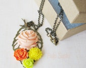 Flower Bouquet Necklace - Tropical Mix - pulpsushi