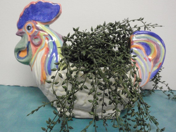 Caruso nesting rooster planter
