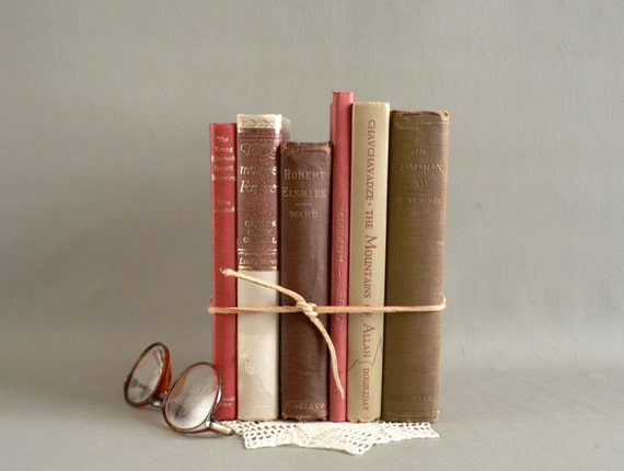 vintage home decor books home decor vintage books set of 6 display books 11793