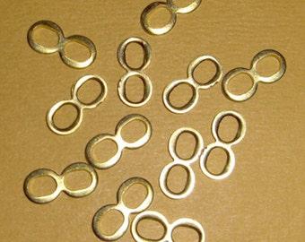 36 pcs. raw brass figure 8 connectors - f993