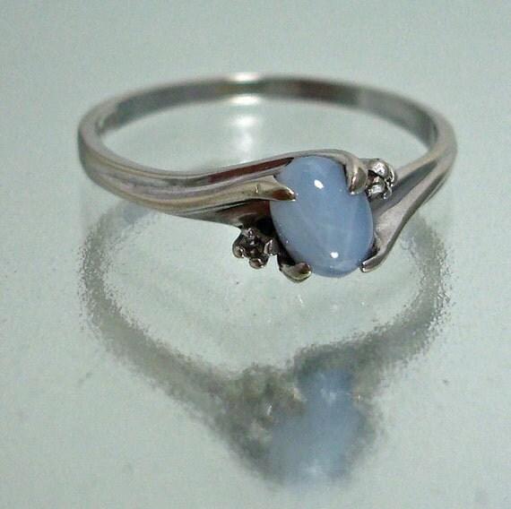 10k White Gold Linde Star Sapphire & Diamond Ring Vintage