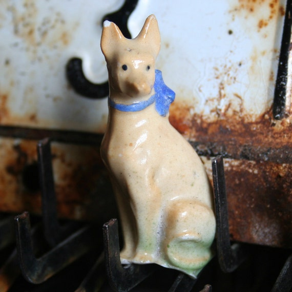 Vintage German Glazed ADORABLE Dug Up PAINTED Animal Figure Frozen Charlottes Pet DOG 12s