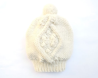 Merino Popcorn Cable PomPom Slouch Hat / Beanie. Hand Knit. Soft Cream / Ivory White. Snow / Ski. Fall / Winter.