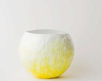 Yellow Fade Vessel
