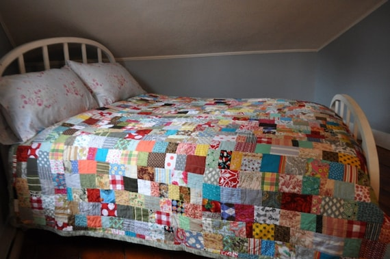 farmhouse quilt queen size colorful and charming