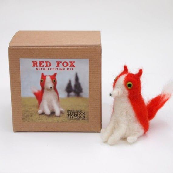 Red Fox Needle Felting Kit