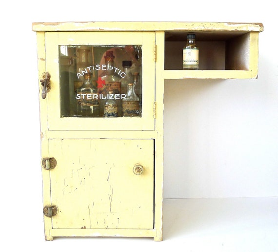 Antiseptic Sterilizer Medical Cabinet