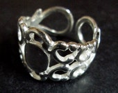Heavy duty silver filigree rings 6x8mm, pick your amount A173