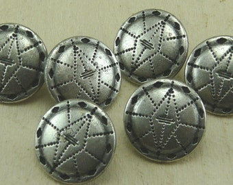 Antique Pewter Mohican Button   E24