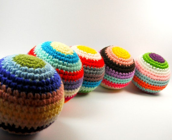baby toddler toy rattle rainbow ball amigurumi crochet .. jingle ball 3 .. children