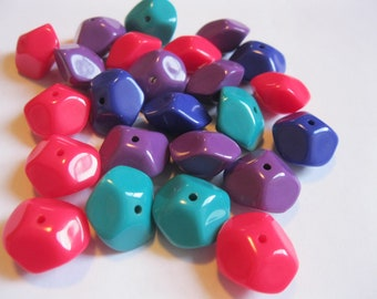 Back in Stock!! 24 x Vintage Assorted NEWWAVE-y Beads