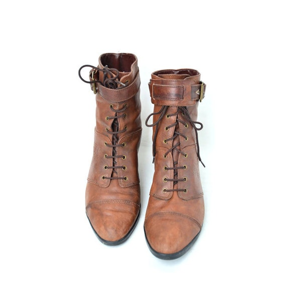 10 vintage brown leather wrestler lace up ankle boots