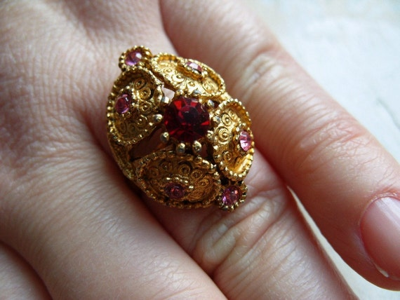 FREE SHIPPING Vintage Rhinestone Ring with Pink and Red Stones - Adjustable Band