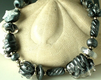 SRA Handmade Lampwork Glass   Beads SRA  by Catalina Glass Ocean Seashell Set in Black Pearl