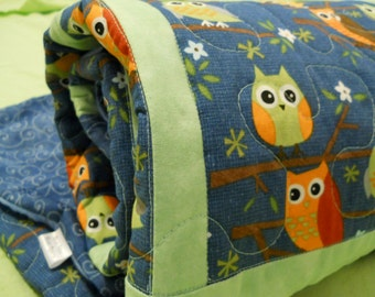 Night Owl baby quilt in Blue & Mint Green - fabric Moda's Ten Little Things. Owls nightime nursery baby cradle bedding, Crib, or Toddler Bed