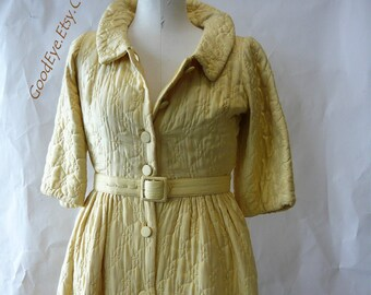 Vintage 50s Quilted Robe Hostess Dress Floor Length small size 6 8 10 DORIAN Hollywood Designer Yellow Silk Maxi