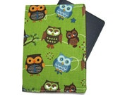 Owl Line Up in Green Passport Cover/Holder