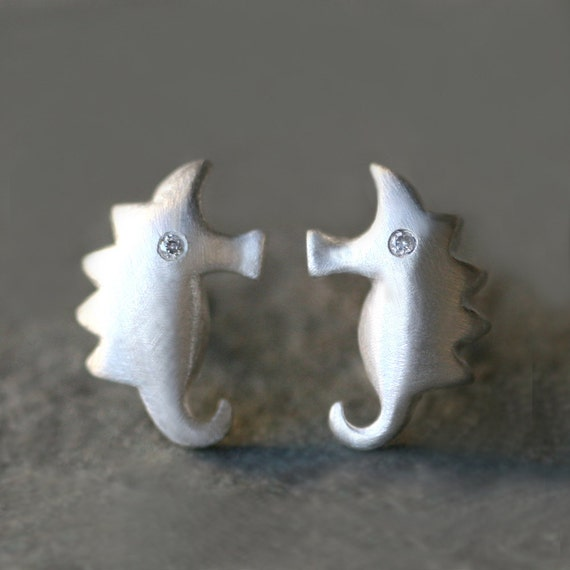 Small Seahorse Earrings in Sterling Silver with Diamond