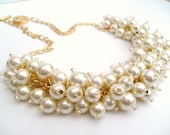Ivory Pearl Necklace, Beaded Necklace, Wedding Jewelry, Chunky Necklace, Bridal Jewelry, Bridesmaid Gift, Cluster Necklace, Pearl Jewelry