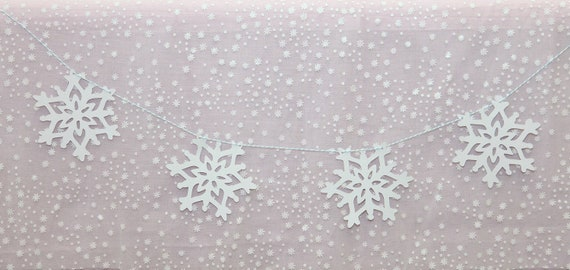 White Snowflake Garland - Winter Onederland 1st Birthday Party Decorations  String of Snowflakes banner - Photo backdrop Winter Theme Shower
