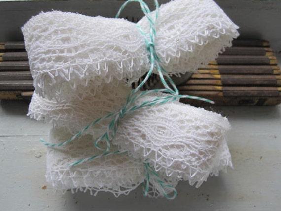 Vintage Crochet Lace Yardage