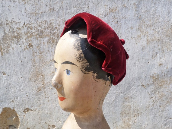 Vintage 1940 red velvet french hat with bow at the back fit for all