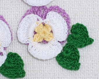 6 purple and white crochet applique pansies with leaves  --  1770
