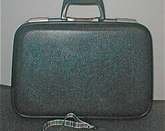 Gray Small Carry On Hard Case Luggage - With Key Gray Suitcase Weekender Luggage Business Trip Case Lockable Suitcase
