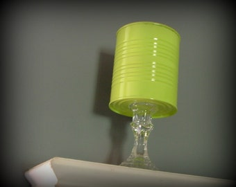 LIME GREEN CANTAINER
