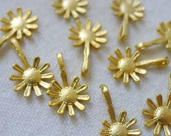 10 Long Daisy Flower Charms, 22K Gold Plated
