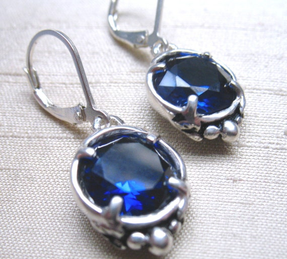 Leaf Solitaire Earrings in Sapphire and Sterling