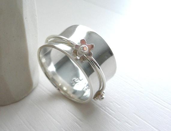 Romantic Daisy sterling Silver Spinner Ring