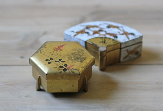 pair lacquered lidded boxes