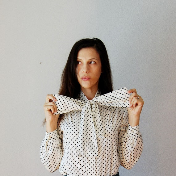 vintage ASCOT BOW blouse / 1980s tiny dot OFFICE blouse