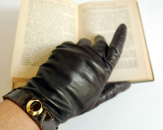 Vintage Gloves Brown Leather Short Size 7.5, Medium to Large