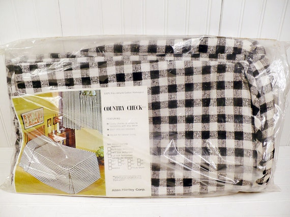 Vintage Bedspread Cotton Twin Size - Black and White Country Check - Atlas Hartley