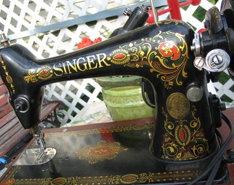 Working Vintage Singer Sewing Machine Refurbished Runs Great