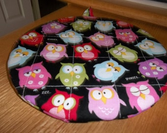 Quilted Owl, Pot Holders, Owl Hot Pad, Snooze ZZZ Owl, Potholders, Trivet Round, Double Insulated, 9 Inches, Handmade Cotton, Hostess Gift