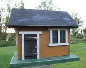 Primitive Country  Honey Mustard Cabin Birdhouse
