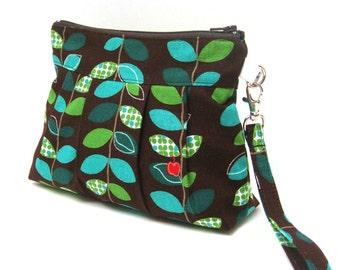 Zippered Wristlet Clutch Purse Little Red Apple Green Blue Vine Leaves on Brown