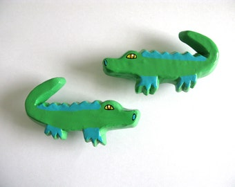 Large Crocodile Drawer Pull - alligator
