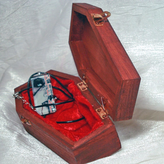 Vampire Coffin Gift Box - Twilight Inspired - Jewelry sold separately