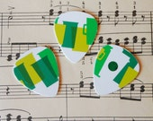 Guitar Picks - recycle Upcycled pick plastic gift cards for your Ukulele Guitar Mandolin - Coffee cups
