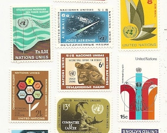 60 Vintage Unused UNITED NATIONS STAMPS