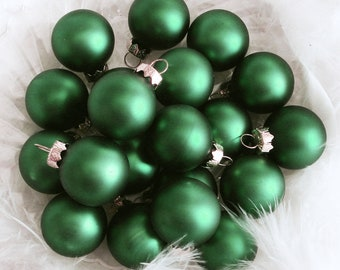 12 Kelly Green St Patricks Day Christmas Feather Tree Wreath Christmas Ornaments Decorations