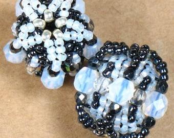 KIT  --  Isis Beaded Beads